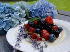 Summertime Berries & Lavender Honey