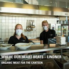 Did you know, the organic meat in our canteen mainly comes from our own production, as well? On our organic farm landluft Leberfing, the pigs, cattle and chickens live on our green pastures their entire lives – from birth to slaughter. Without animal transport! And the delicious organic meat ends up in the pots and pans of our chefs at Lindner. Of course we also offer vegetarian dishes. Do you want to know more? Organic Meat, Organic Farming, Chicken Livers, Pause, Canteen, In A Heartbeat, Chefs, Beats, Vegetarian