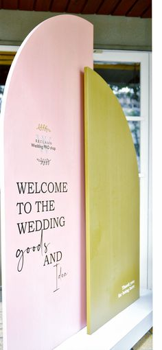 2 wooden panels combined welcome your guest. Information Board, Welcome, Weeding, Grass, Info Board, Weed Control, Killing Weeds