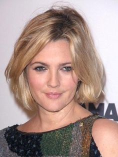 Cute short haircut on newlywed Drew Barrymore.