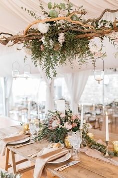 A Fairytale Wedding at a Castle in Italy - Chic Vintage Brides : Chic Vintage Brides Wedding Reception Design, Wedding Reception Decorations, Rustic Wedding, Wedding Altars, Gold Wedding, Elegant Wedding, Diy Wedding, Wedding Table Centerpieces, Flower Centerpieces