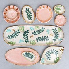 Tupfen - Pottery Ceramic Geschirr Töpfern Ceramics Dishes Home Crafts table wear - Yorgo Ceramic Clay, Ceramic Painting, Ceramic Plates, Ceramic Pottery, Porcelain Ceramics, Diy Clay, Clay Crafts, Crackpot Café, Keramik Design