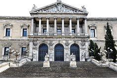 El templo del saber con 5 millones de volúmenes, más de 30.000 manuscritos, 3.000 incunables, 35.000 libros raros, 500.000 dibujos y grabados, 80.000 mapas,…: La Biblioteca Nacional (Madrid)