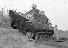 The remains of a destroyed German Panther tank sit on the roadside near Trarivi, Italy in September (Imperial War Museum Photograph. Diorama, Italy In September, German Soldiers Ww2, Ww2 History, Military Armor, War Image, Armored Fighting Vehicle, Ww2 Tanks, Battle Tank