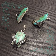 """❌❌❌SOLD❌❌❌ Pendant & Earrings Stamped """"925"""".   This is not a stock photo. The image is of the actual article that is being sold  Pendant size: .85 x .6 inches Earrings size: 1.2 x .4 inches  Sterling silver is an alloy of silver containing 92.5% by mass of silver and 7.5% by mass of other metals, usually copper. The sterling silver standard has a minimum millesimal fineness of 925.  All my jewelry is solid sterling silver. I do not plate.   Hand crafted in Taxco, Mexico.  Will ship within 2…"""