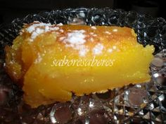 E porque temos na altura das laranjas, nada melhor do que fazer um bolinho húmido de laranja.    Preparação:   350 grs de açúcar  2 colhere... Portuguese Desserts, Portuguese Recipes, Kinds Of Desserts, Pavlova, Food Inspiration, Sweet Recipes, Delish, Bakery, Deserts