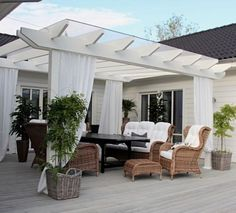 Outdoor Living Spaces and Ideas, http://www.rentsheds.info/outdoor-living-spaces.htm