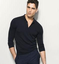 The Spring/Summer 2020 men's knitwear collection at Massimo Dutti. Cotton, knitted or cashmere men's hooded cardigans and crew, roll or V-neck jumpers. Spring Summer 2016, Spring Summer Fashion, New York Model Management, Wilhelmina Models, Website, Model Agency, Gorgeous Men, Beautiful, Summer Collection