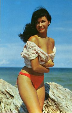 Bettie made her own bathing suits <3