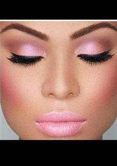 Pink eyeshadow and lips
