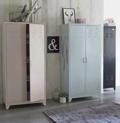 Vintage Lockers, Metal Lockers, Furniture Makeover, Home Furniture, Retro Industrial, Modern Rustic Decor, Recycled Furniture, New Room, Home Bedroom