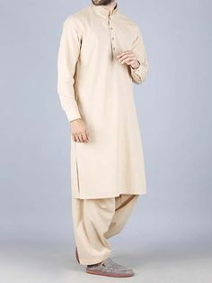 Here is the latest Pakistani men kurta shalwar kameez designs by top Pakistani designers. All of latest men kurta design for men are shown with pictures. Luxury Mens Clothing, Mens Clothing Brands, Gents Kurta, Boys Kurta, Kurta Designs, Shalwar Kameez, New Fashion, Fashion Trends, Pakistani Dresses