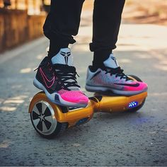 """Self-Balancing """"Hoverboard"""" Scooter"""