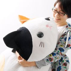 Are you huge cat lover? And a big fan of plushies? If so, be sure to take home this special jumbo-sized version of Amuse's Mike, a calico cat from the Tsuchineko line! This new, larger size makes the furry feline all the more huggable, and a great companion to laze about with. Plus, you can be sure that your place will instantly look more homey and fun with this adorable kitty lounging about on yo...