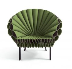 Peacock chair is just one of the center's furniture that you're able to put in the living room with a table. Rattan peacock chair is extremely an… Funky Furniture, Unique Furniture, Home Furniture, Furniture Design, Art Minimaliste, Home Sofa, Muebles Art Deco, Italian Furniture Brands, Peacock Chair