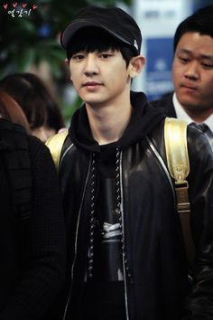 Chanyeol <3 - 141028 Incheon Airport, departing for Mexico