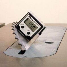 Wixey Digital Angle Gauge (WR300) - Rockler Woodworking Tools.