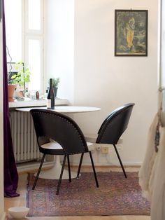 The hallway   Laura's home   Photo: Pupulandia Home Photo, Eames, Dining Chairs, Furniture, Friends, Home Decor, Amigos, Decoration Home, Room Decor