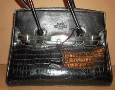 Black Purse and Handbags Blog