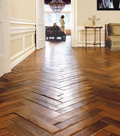 Herringbone Wood Floors- next house? Style At Home, Planchers En Chevrons, Floor Design, House Design, Wall Design, Herringbone Wood Floor, Herringbone Pattern, Chevron Floor, Sweet Home