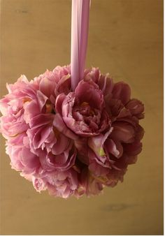 Pomander for the flowergirls #wedding #flowers