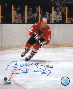 The golden Jet Blackhawks Hockey, Hockey Teams, Chicago Blackhawks, Hockey Players, Chicago Bears, Bobby Hull, Hockey Boards, Hockey Pictures, Sport Icon
