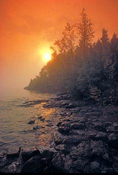 Minnesota - Sunrise Lake Superior VT