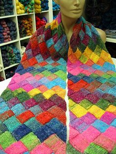 More entrelac: I need to learn this!