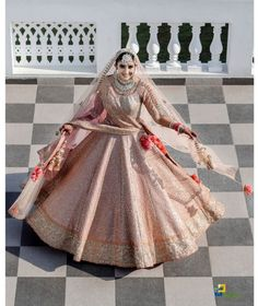 Wedding Looks, Wedding Wear, Bridal Looks, Bridal Style, Wedding Events, Sikh Bride, Indian Bride And Groom, Indian Wedding Gowns, Indian Bridal Fashion
