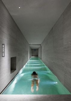When I walk down the stairs of my dream house I wanna have 2 options. I wanna be able to either walk into the kitchen or jump into the pool. This one will do. :) (I actually dreamed this)