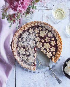 Kermainen broileripiirakka | Annin Uunissa Most Delicious Recipe, Acai Bowl, Pie, Yummy Food, Baking, Breakfast, Desserts, Recipes, Acai Berry Bowl