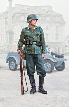 Military Photos, Military Art, Military History, German Uniforms, Military Uniforms, Close Air Support, German Army, Call Of Duty, World War Two