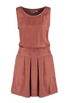 Kleid in Kupfer (Farbpassnummer 7)