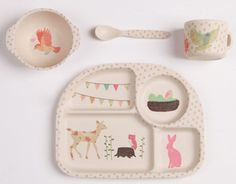 bamboo woodland feeding set at fig and fawn | baby shower gift guide