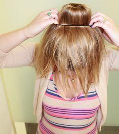 3 Easy Under 5 Mins Hairstyles (https://xojane.com) https://www.pinterest.com/hattiereegans/