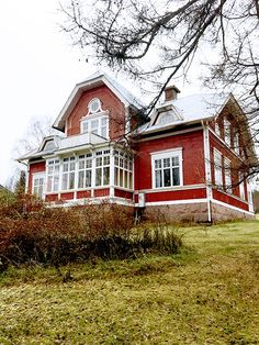 Swedish Cottage, Red Cottage, Future House, My House, Sweden House, Red Houses, Scandinavian Home, Architecture Details, House Colors