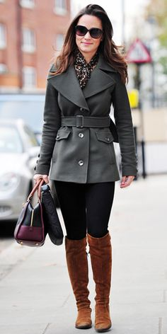 Pippa Middleton - Reiss coat, French Connection blouse, black pants, brown boots, and a Loewe bag Pippa Middleton Style, Love Her Style, Style Me, Cool Style, Outfits Leggins, Kate And Pippa, Look Fashion, Fashion Idol, Swagg