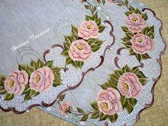 Helena Tassano Artesanato, Pintura em Tecido, Aulas de Pintura, Pintura sobre Tela: caminho de mesa