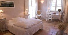 Chambre d'hôtes à  Saint Rémy de Provence : chambre romantique