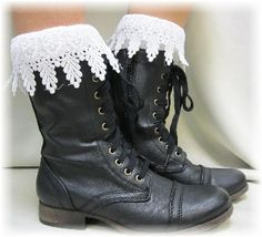 BLISS short boot socks - white -  Boot cuff socks -  with boots -  ankle socks  - socks for boots - knitted - crochet - handmade by Catherine Cole Studio LOVE IT <3 PIN IT FOR LATER!