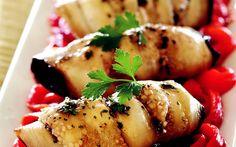 Kırmızı Biber Yatağında Patlıcan