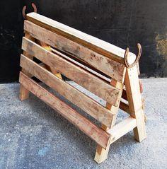 Pallet Saddle Stand   Pallet Furniture