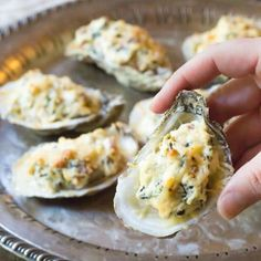 Baked Oysters in the Shell with cheese, bacon, spinach and garlic! Move over Oysters Rockefeller and Oysters Mornay! Oyster Recipe Easy, Baked Oyster Recipes, My Recipes, Cooking Recipes, Easy Fish Tacos, Oysters Rockefeller, Spinach And Cheese, Canapes, Seafood