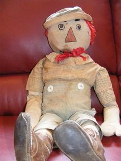 Handmade Raggedy Andy cloth doll - well loved....