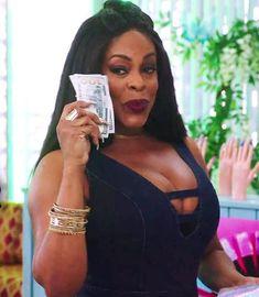 Claws: Renewed for Season 2! Black Actresses, Black Actors, Claws Tv Show, Black Tv Shows, Voluptuous Women, Black Queen, Christina Hendricks, African Beauty, Celebs