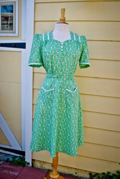1940's WWII era Lottie house dress from Truly New Vintage
