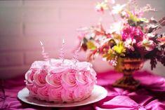 30 originálních přání k narozeninám, kterými potěšíte každého Happy Birthday Cake Images, Pink Birthday Cakes, Beautiful Birthday Cakes, Happy Birthday Sister, Happy Birthday Gifts, Happy Birthday Quotes, Birthday Photos, Happy Birthdays, Surprise Birthday