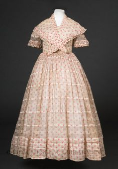 extant sheer dress with pelerine, at FIDM, multiple tucks and pintucks along hem, ruching on edges of sleeves and pelerine 1850s Fashion, Victorian Fashion, Vintage Fashion, Victorian Dresses, Vintage Couture, Women's Fashion, Antique Clothing, Historical Clothing, Historical Dress