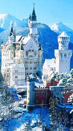 Neuschwanstein Castle, Bavaria, Germany. Dang it I've been to Bavaria Germany, but I didn't see this :/