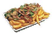 Boeren friet € 4,25 grote portie friet met gebakken spekjes, uien en champignons